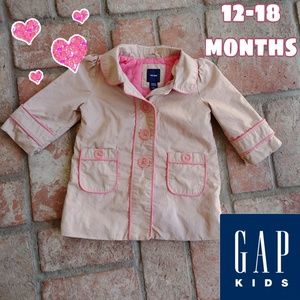 Girls Baby Gap trench coat 12-18 months